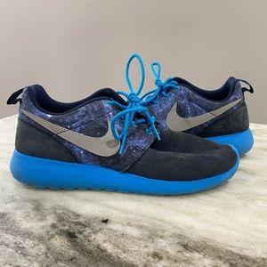Nike Blue Galaxy Roshe Run Sneakers Size 6Y